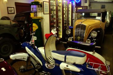 Inside Retromoto Gallery